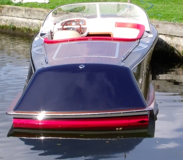 (4) Caprice Classic Sports Launch - Broadland Yacht Brokers