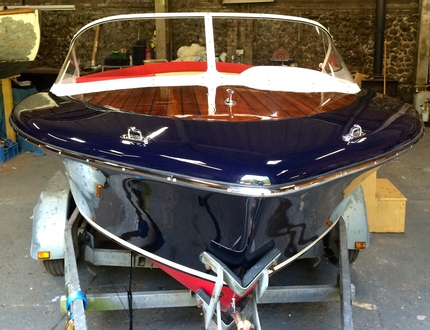 (9) Caprice Classic Sports Launch - Broadland Yacht Brokers