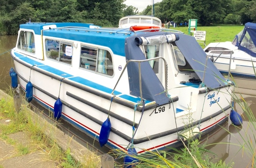 (30) Hampton Safari Mk 2 - Broadland Yacht Brokers