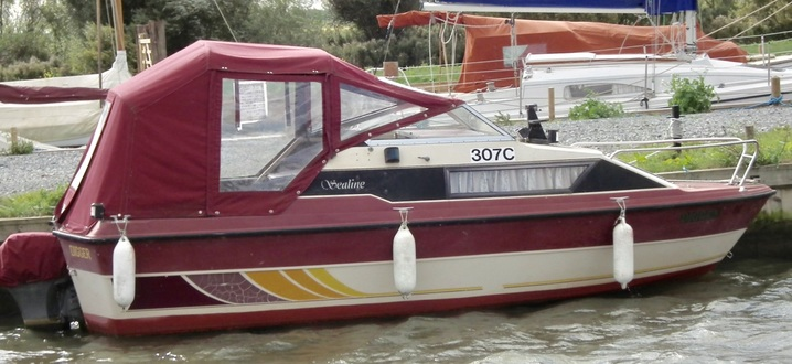 (1)   Sealine 19 Weekender - Broadland Yacht Brokers