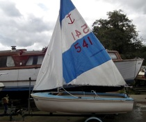 (Thumb) Fibrecell Sailing Dinghy - Broadland Yacht Brokers