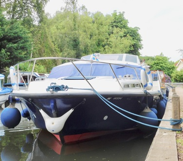 (20) Aquafibre 38 Lowliner - Broadland Yacht Brokers