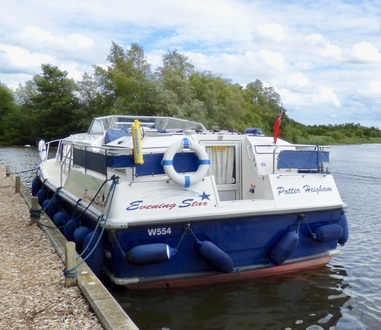 (10) Aquafibre 38 Lowliner - Broadland Yacht Brokers