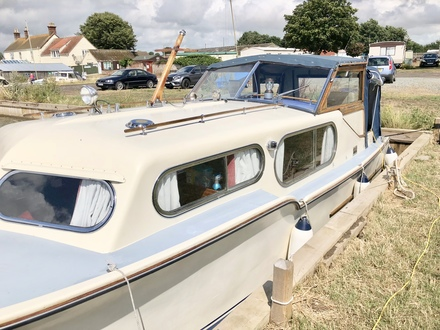 (38) Freeman 26 - Broadland Yacht Brokers