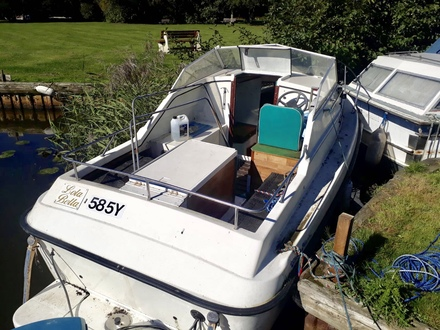 (2) Check Marine 20 Aft Cockpit - Broadland Yacht Brokers