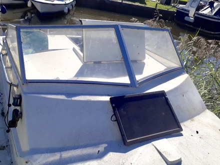 (4) Check Marine 20 Aft Cockpit - Broadland Yacht Brokers