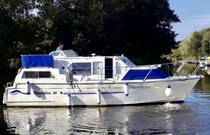 (Thumb) Viking 30 Waterline - Broadland Yacht Brokers