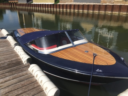 (3) Caprice Classic Sports Launch - Broadland Yacht Brokers