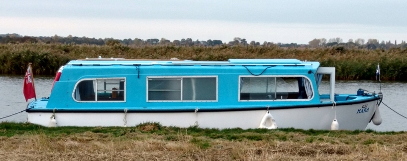(12) Hampton Safari Mk 3 - Broadland Yacht Brokers