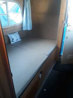 (8) Hampton Safari Mk 3 - Broadland Yacht Brokers