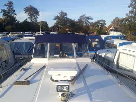 (9) Aquafibre Ocean 30 - Broadland Yacht Brokers