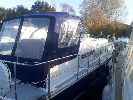 (5) Aquafibre Ocean 30 - Broadland Yacht Brokers