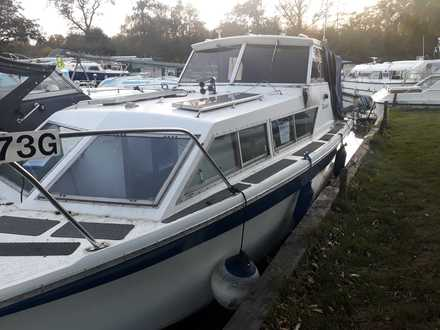 (6) Seamaster 813 - Broadland Yacht Brokers