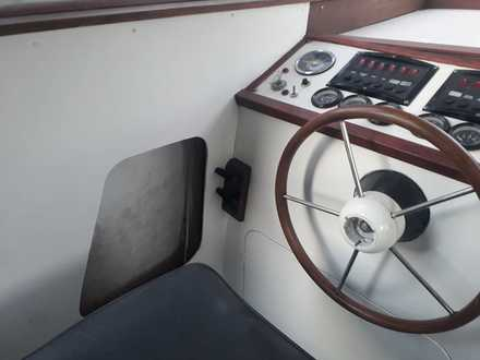 (25) Seamaster 813 - Broadland Yacht Brokers