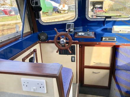 (7) Hampton Safari Mk II - Broadland Yacht Brokers