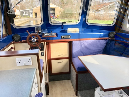 (4) Hampton Safari Mk II - Broadland Yacht Brokers