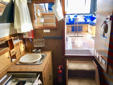 (4) Princess  32 - Broadland Yacht Brokers
