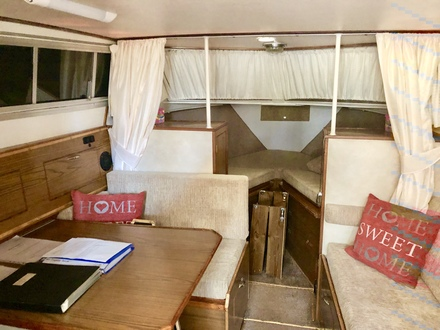 (26) Princess  32 - Broadland Yacht Brokers