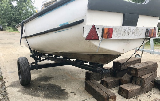 (11) GRP Dinghy 15ft - Broadland Yacht Brokers