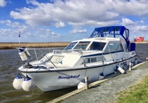 (Thumb) Broom 32 - Broadland Yacht Brokers