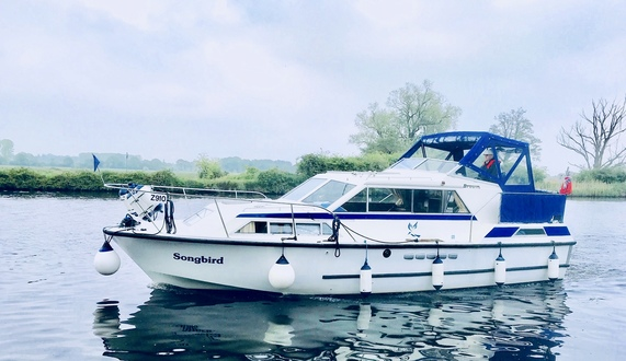 (23) Broom 32 - Broadland Yacht Brokers