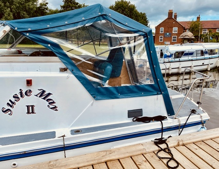 (9)  Ocean 30 MK II - Broadland Yacht Brokers