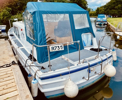 (19)  Ocean 30 MK II - Broadland Yacht Brokers