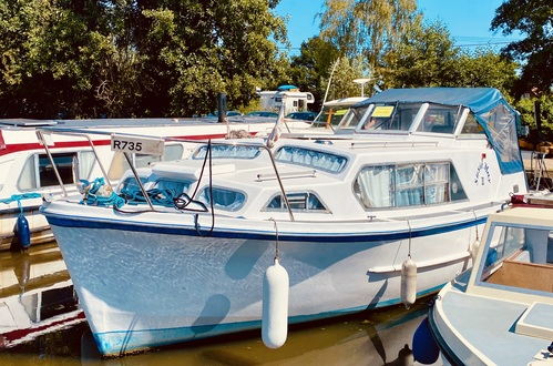 (1)  Ocean 30 MK II - Broadland Yacht Brokers