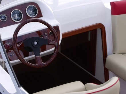 (33) Caprice Classic Sports Launch - Broadland Yacht Brokers