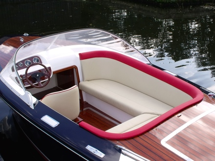 (29) Caprice Classic Sports Launch - Broadland Yacht Brokers