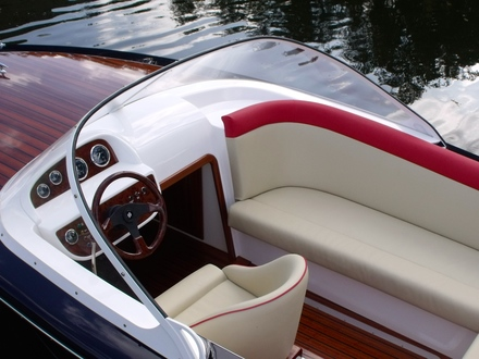 (25) Caprice Classic Sports Launch - Broadland Yacht Brokers