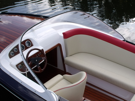 (23) Caprice Classic Sports Launch - Broadland Yacht Brokers