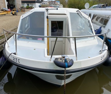 (10) Alphacraft 42 - Broadland Yacht Brokers